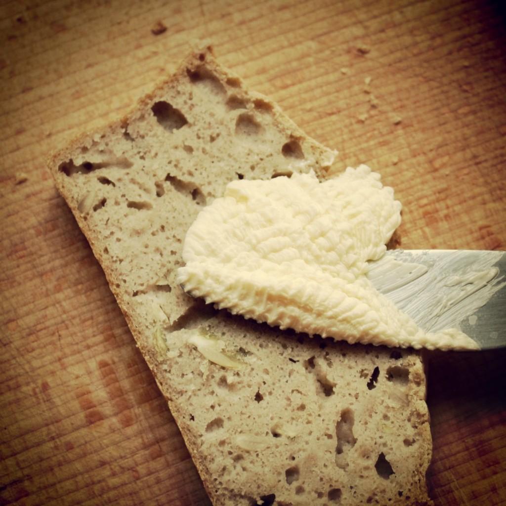 Bezglutenowy chleb kukurydziano-gryczany na szybko