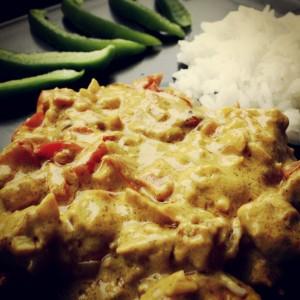 Kurczak curry z papryką